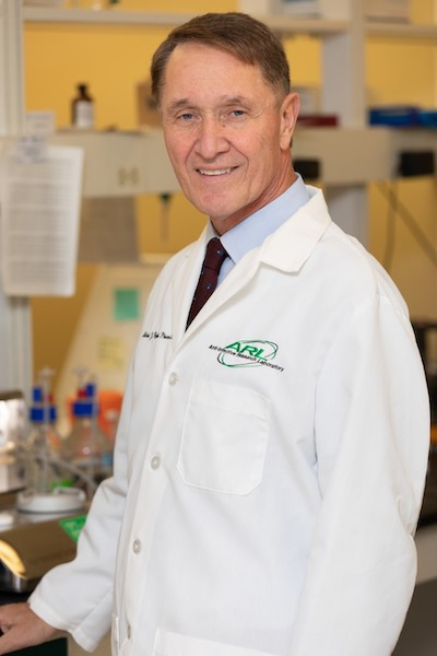 Dr. Michael Rybak